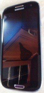 Пятно после замены экрана Galsxy S3